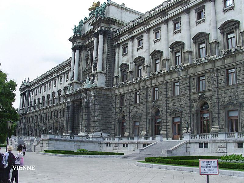 SNB17903